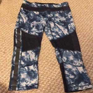 Lululemon Blue/ Mesh Pants Size 6